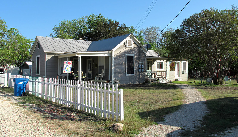 """This is the 10th Street Cottage in Bandera where Debbie and I stayed. It's actually two places; we rented the one in back. Found it at <a href=""""http://www.vrbo.com/414097"""">http://www.vrbo.com/414097</a>. Very reasonably priced and well furnished. We really enjoyed hanging out here."""