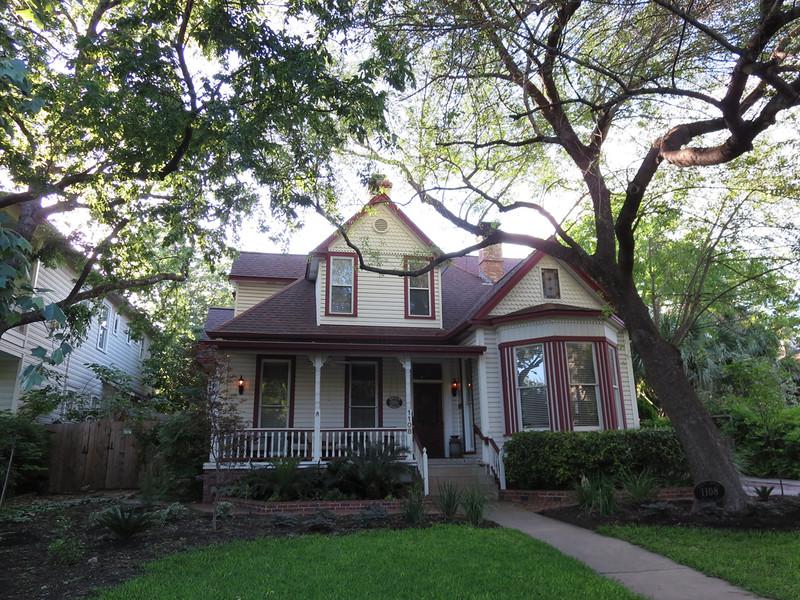 Brava House, Austin