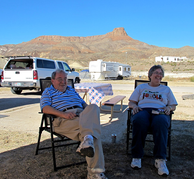 Back at the campground...My Lajita campsite neighbors, George & Sandy.