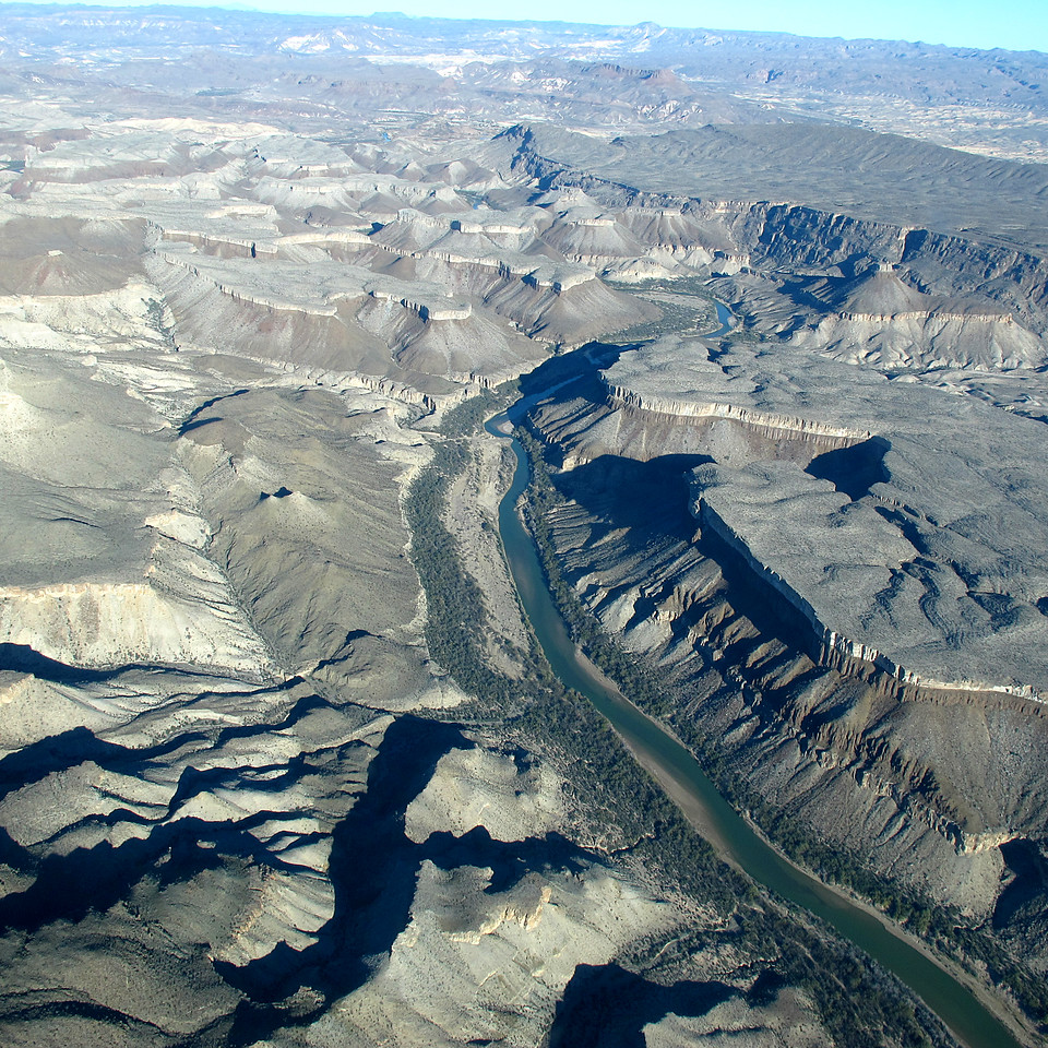That's the Rio Grande, made famous in a number of westerns. It's the divider between the U.S. and Mexico. And, yes, we are now flying in Mexico air space.