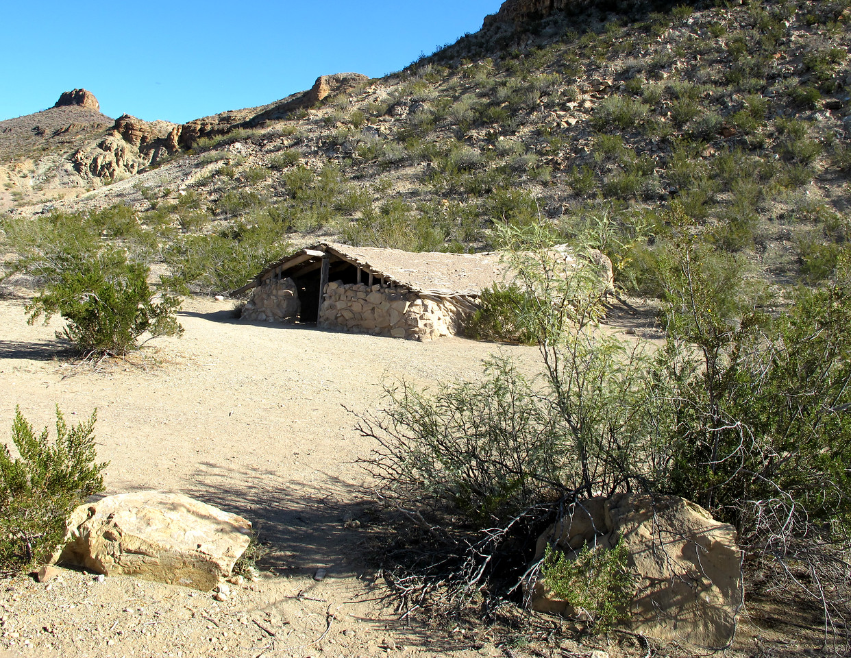 My understanding is that all of Big Bend used to be a ranch, so I imagine that this shelter was used by the ranchhands. I'll have to do some research on that.
