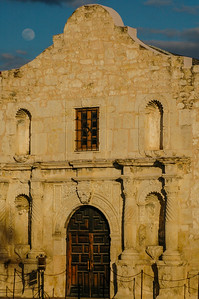 Moonrise over the Alamo