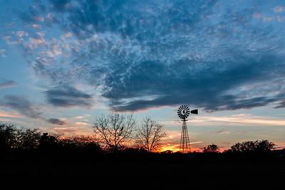 Sunset in Ingram Texas