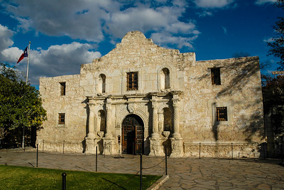 Daybreak at the Alamo