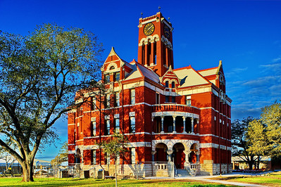 Lee County Courthouse in Giddings, Texas