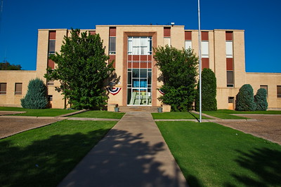 Swisher_County_Courthouse_Tulia_front_RAW0794