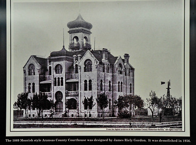 Photo of the 1889 J Riley Gordon Courthouse
