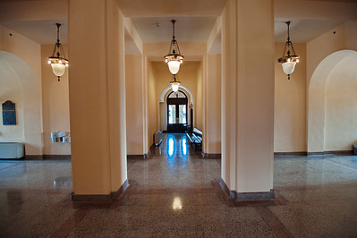 Intersecting Hallways in the Courthouse