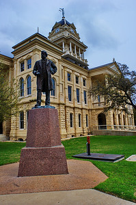 Statue of Bell and Courthouse