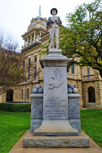 Confederate Soldiers Monument on the Courthouse Grounds