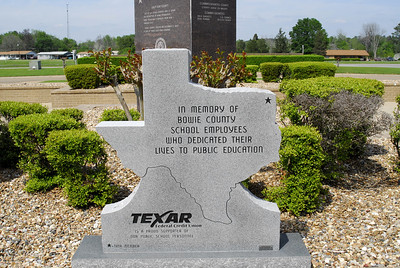Memorial to Bowie County School Employees