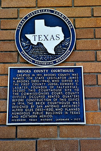 Texas Historical Commission Marker:  Brooks County Courthouse