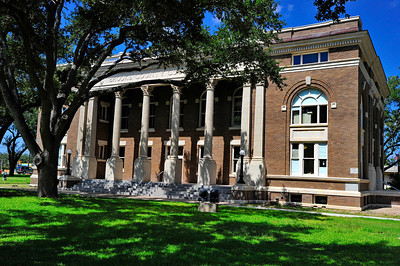 Brooks County Courthouse:  Falfurrias, Texas
