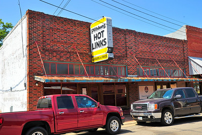 Pittsburg Hot Links Restaurant