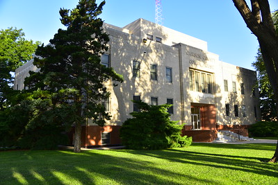 Carson_County_Courthouse_Panhandle__RAW1151