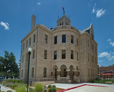Comal_County_Courthouse_front-view_DSC0255