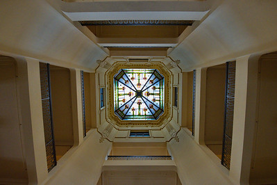 Cooke County Courthouse, Gainesville, Texas Stained glass ceiling in the dome