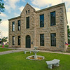 Edwards_County_Courthouse_corner-view_DSC0237