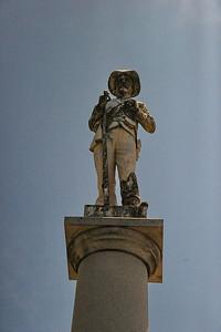 Fannin County Courthouse, Bonham, Texas Confederate Soldier's Statue