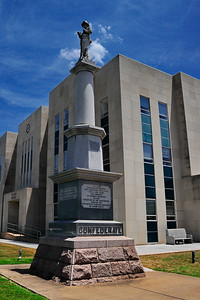 Fannin County Courthouse, Bonham, Texas Confederate Soldiers Memorial