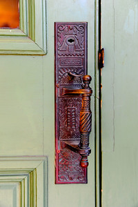 Gonzales_County_Courthouse_Door-handle_RAW4117
