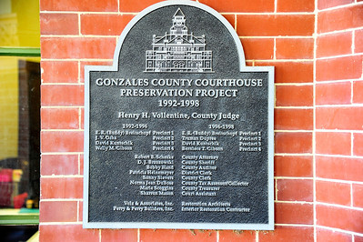 Gonzales_County_Courthouse_Plaque_CPP_RAW4138