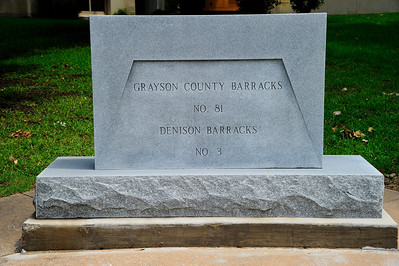 Grayson_County_Courthouse_Barracks_Mem_RAW7097