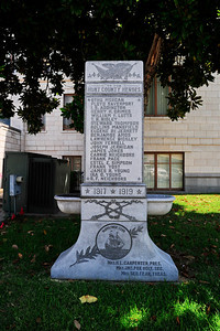 Hunt County Courthouse WW1 Memorial