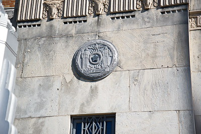 Jefferson_County_Courthouse_Exterior_County_Seal_750_0431