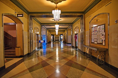 Jefferson_County_Courthouse_Main-Hallway_750_0420