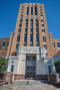 Jefferson_County_Courthouse_Front_facade_750_0416