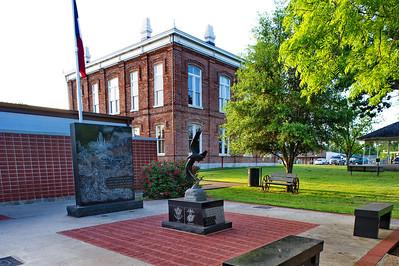Leon County Courthouse, Centerville, Texas Veterans Memorial