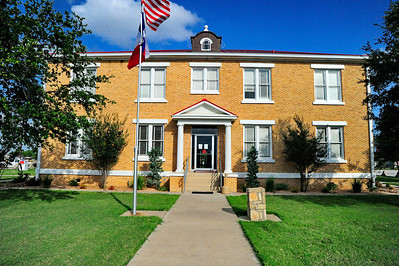 McMullen County Courthouse, Tilden, TX