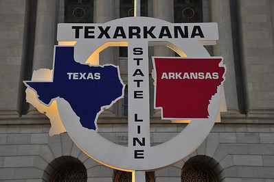 State Line: Texas - Arkansas Texarkana