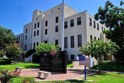 Titus County Courthouse:  Mt Pleasant, Texas