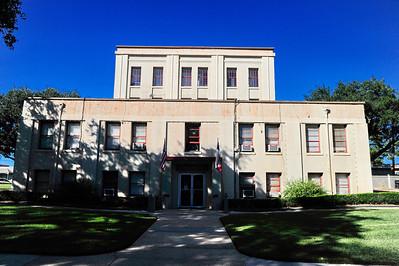 Tyler_County_Courthouse_Rear_facade_RAW8439