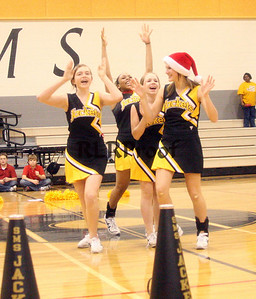 SMS Cheer Dec 2007 (18)