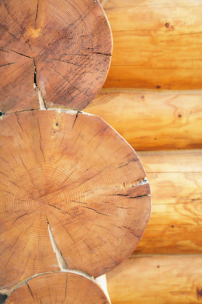 Log cabin --- Image by © Marnie Burkhart/Corbis