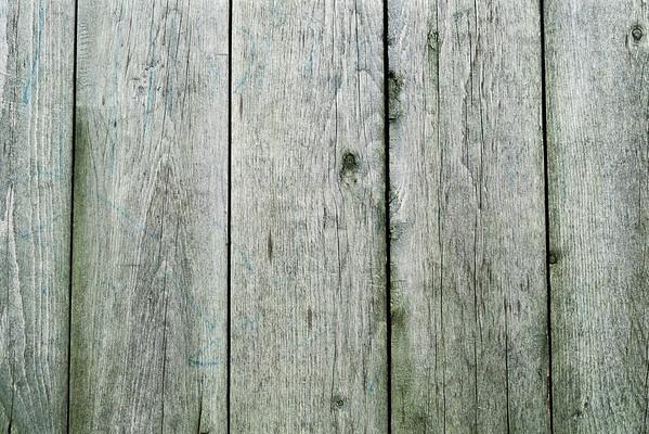 Wooden fence, full frame --- Image by © I. Rozenbaum & F. Cirou/PhotoAlto/Corbis