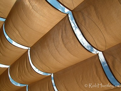 Canvas awning overhead at a shopping mall patio near Scottsdale, Arizona © Rob Huntley