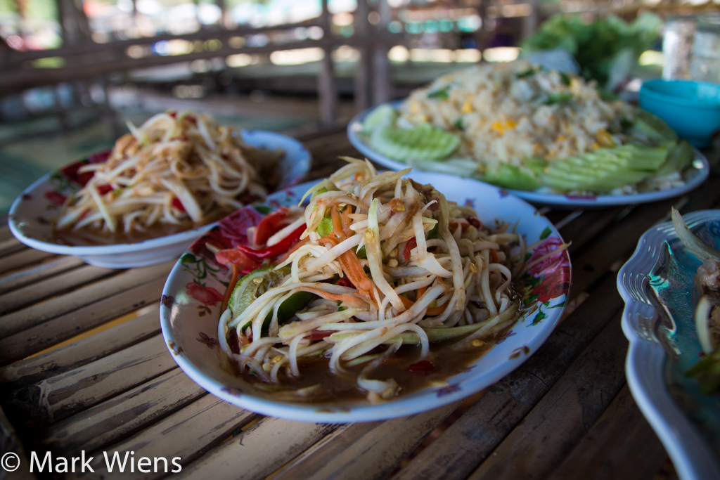 som tam Lao (ตำลาว)