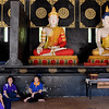 School girls at Wat Chedi Luang, Chiang Mai