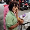 Kad Luang shopper