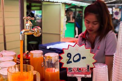 Magic orange juice Ruom Chok market, Chiang Mai