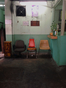 3 chairs: Bangkok alley
