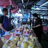 San kamphaeng market 6