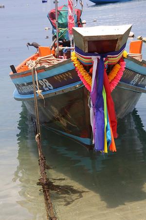 Tethered Longboat