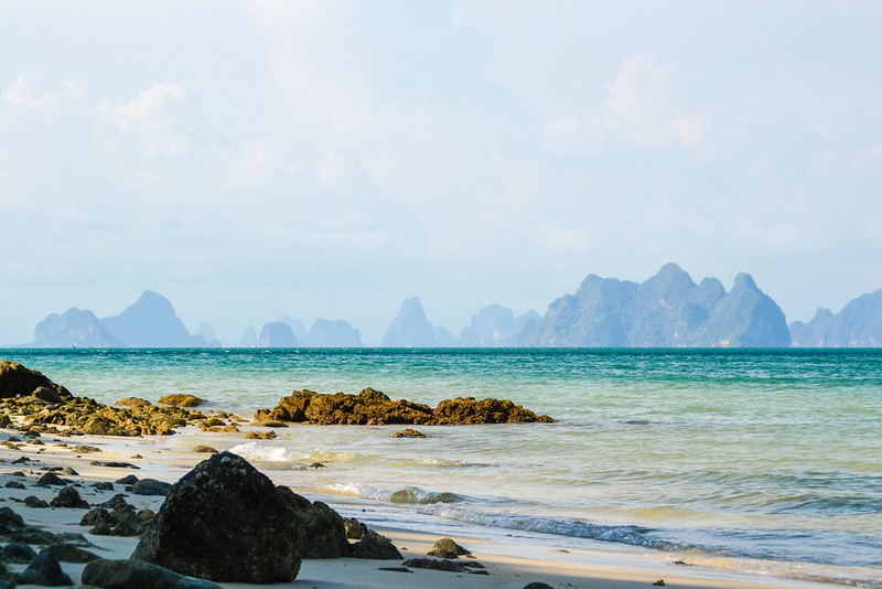 One Week in Thailand's Beaches and Mountains, image copyright michi_loheit