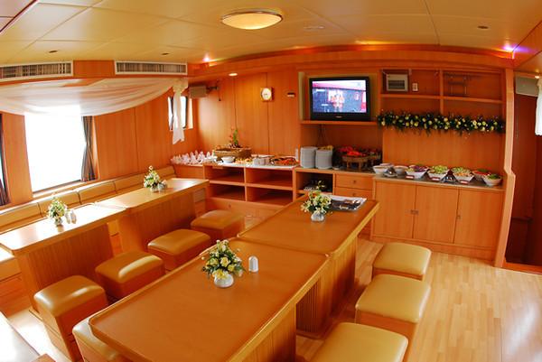 Panunee Yacht Thailand Liveaboard