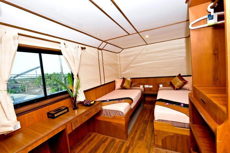 White Manta Thailand Liveaboard En Suite Cabin 6 (Main Deck)